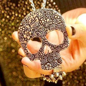 Jewelry - Gold Bronze Vintage Style Skull Pendant Necklace